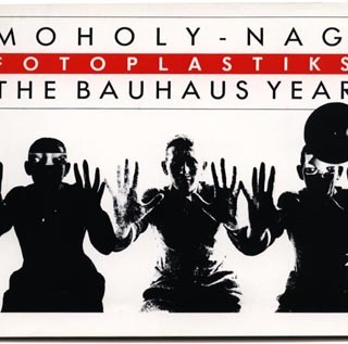 Moholy-Nagy. Julie Saul: MOHOLY-NAGY / FOTO-PLASTIKS: THE BAUHAUS YEARS. The Bronx Museum of the Arts, 1983.